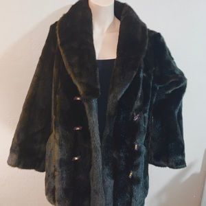 Fit coat